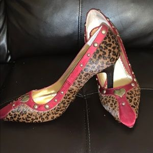Faux fur and silk Leopard Pumps